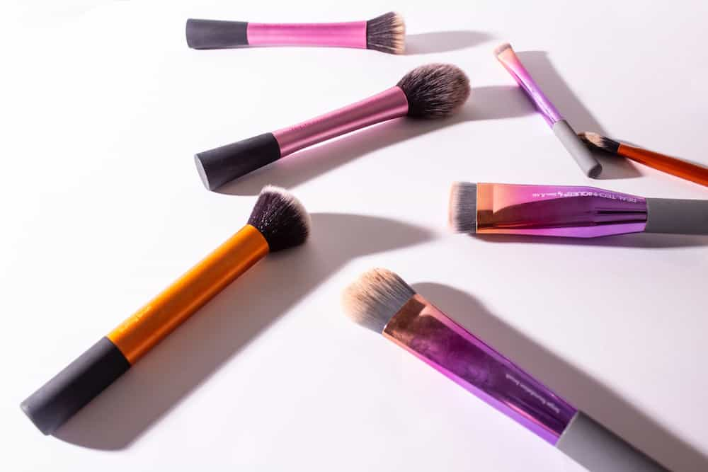 Hire a makeup artist for video production